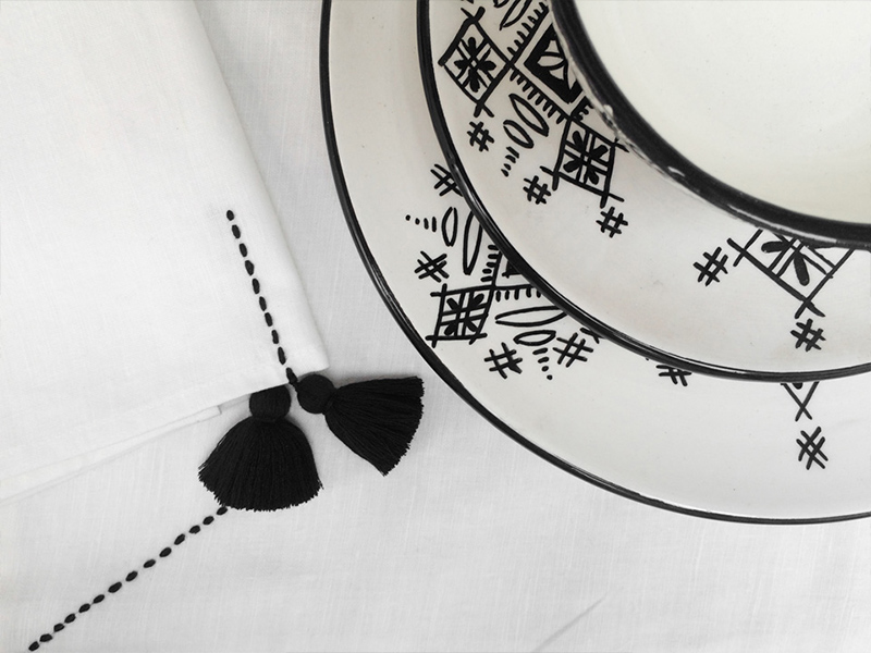 shopping-mustapha-blaoui-bowls-detail-table-linen-vbarkowski