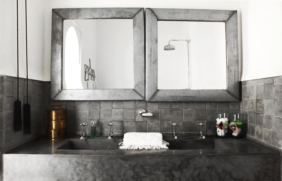 olmassi-suite-bathroom-linen-vbarkowski-11