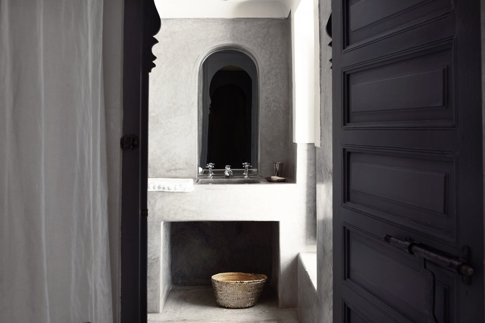 omani-suite-bathroom-dk-04
