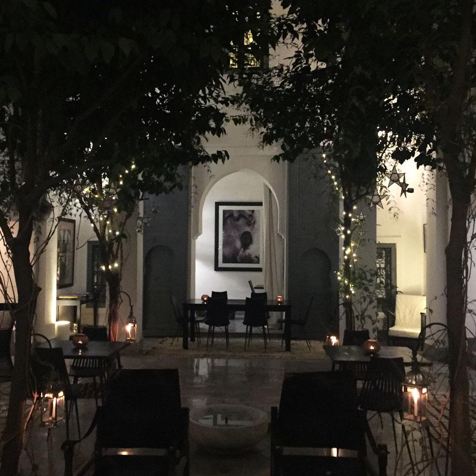 riad-darkawa-night-light-patio-medina-design-marrakech-boutiquehotel-6