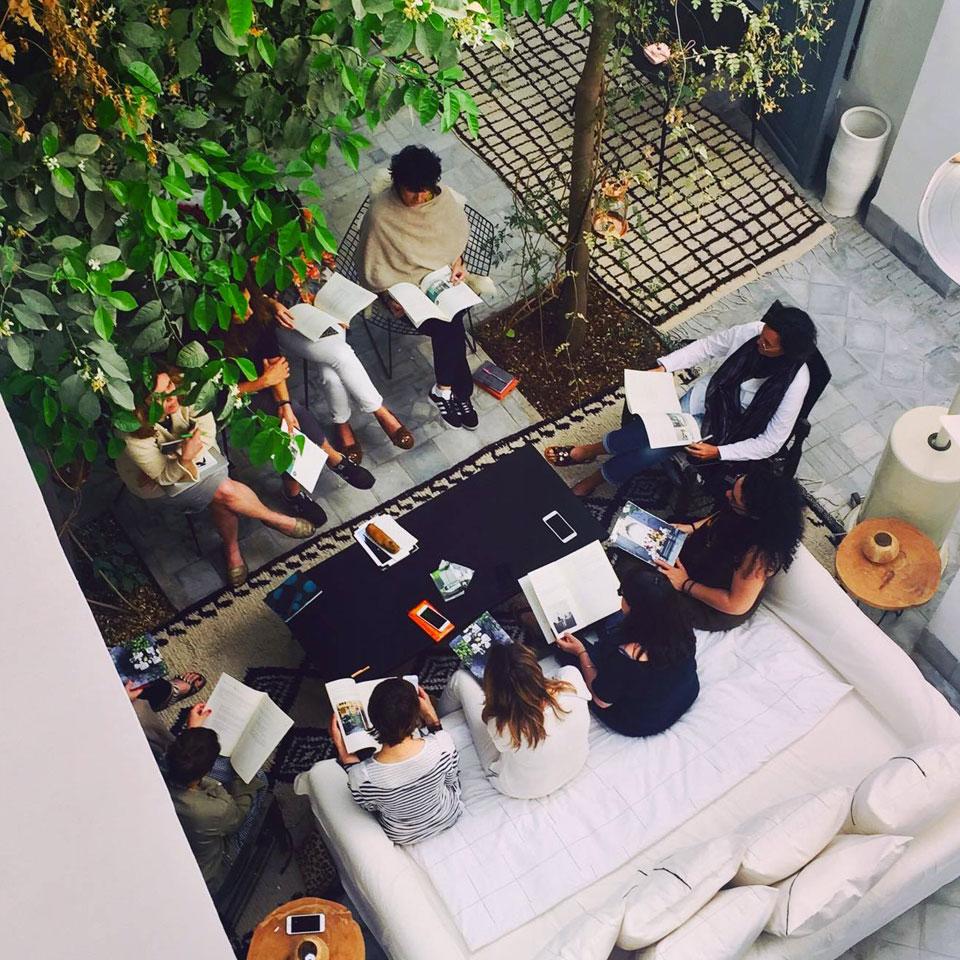 darkawa. Black Bedroom Furniture Sets. Home Design Ideas