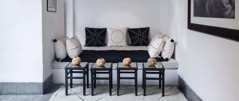 dar-kawa-patio-sofa-banner-tpanova-2100