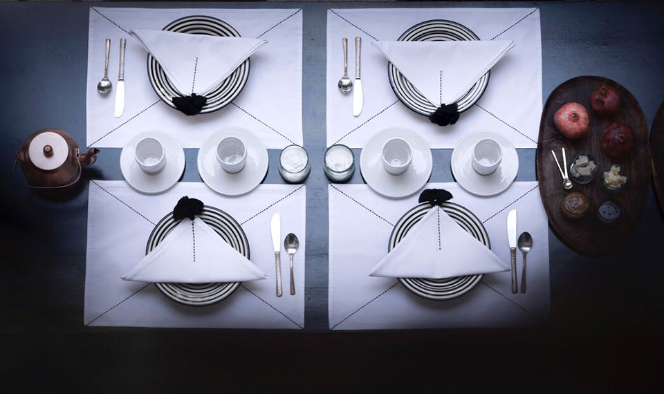 table linen settings